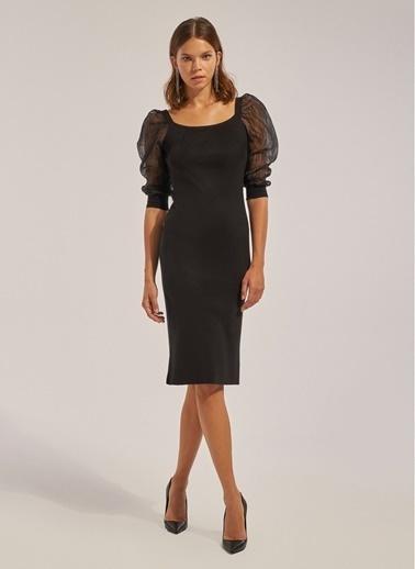 Monamoda Kolları Organze Triko Elbise Siyah